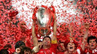 Liverpool trophy lift
