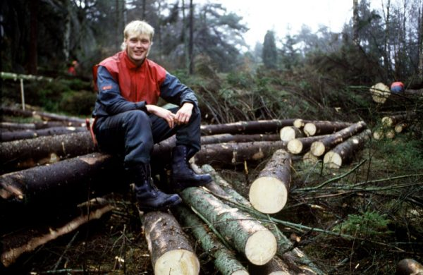 Klas Ingessson appears happy after retiring from football to become a lumberjack.